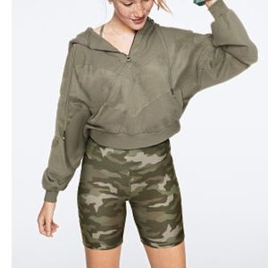 VS PINK set camo biker shorts and pull over